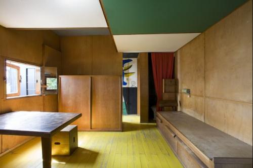cabanon-le-corbusier-interieur
